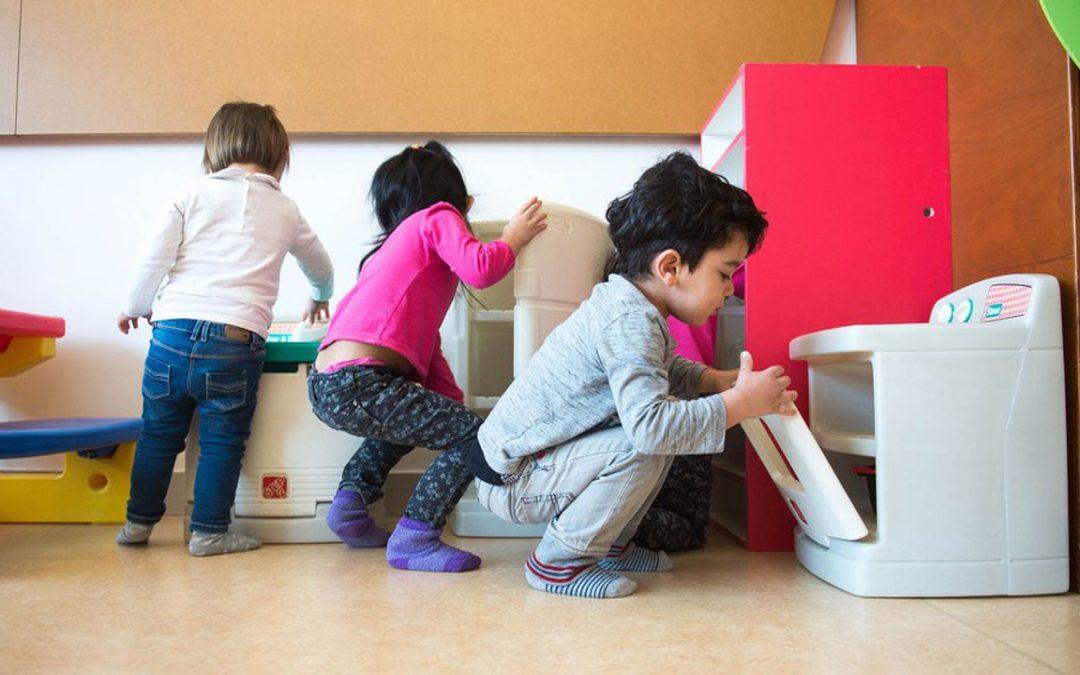 Coronavirus: nouvel assouplissement des règles sanitaires pour les métiers de la petite enfance | Les Echos