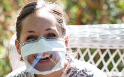 La Cnaf va financer des masques inclusifs pour les pros de la petite enfance